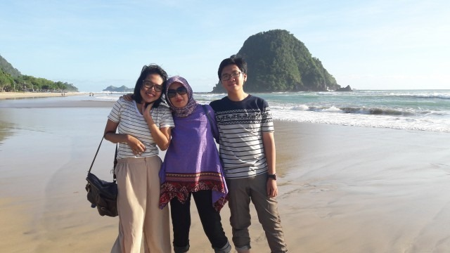 Foto Paket Tour Wisata Banyuwangi 3h2m - Dr Tinon Semarang - Pulau Merah