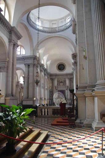 L'intérieur de la basilique Saint-Georges (San Giorgio Maggiore).