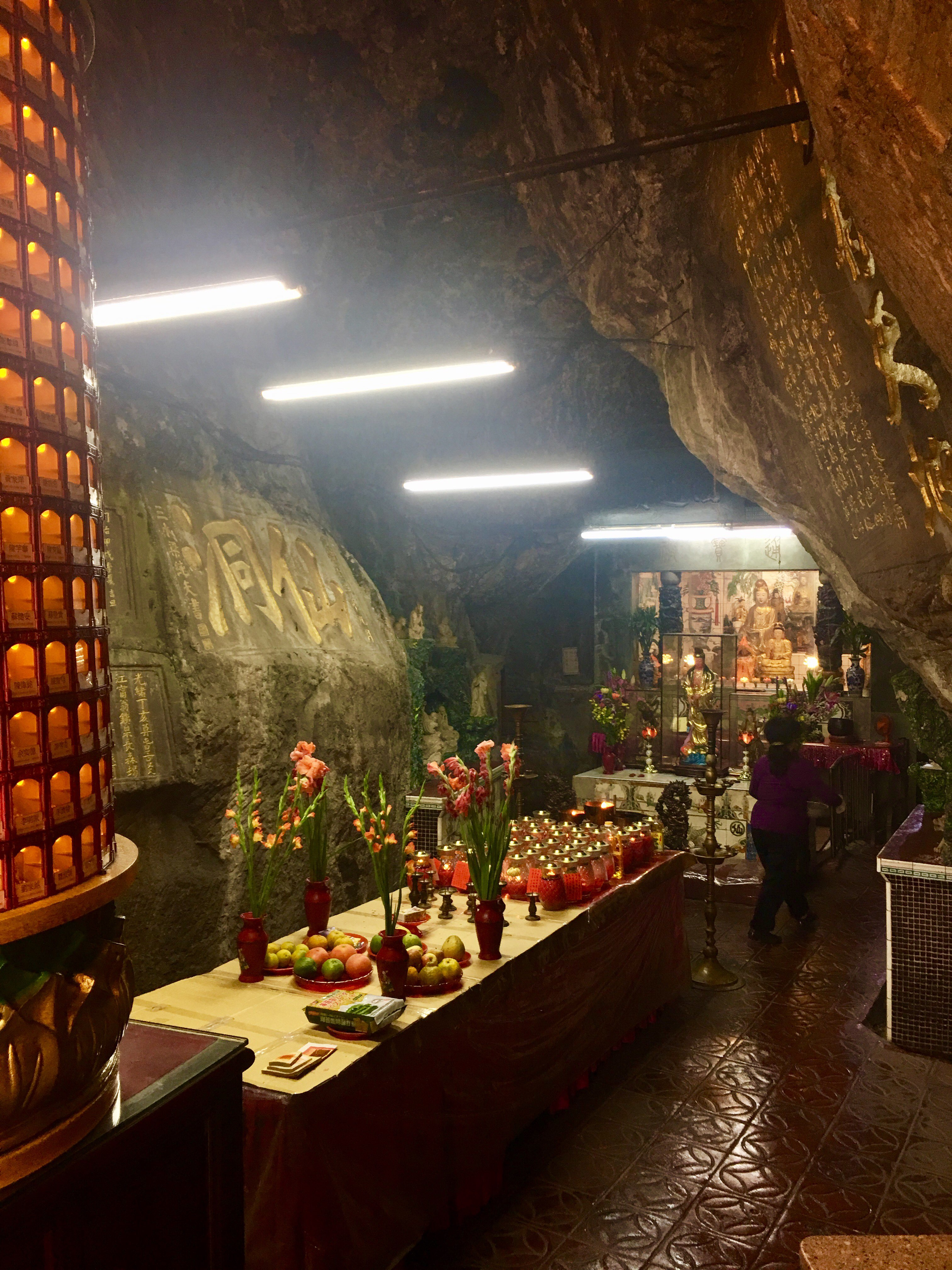 the fairy cave Buddha's hand cave temple in the cave keelung