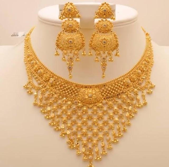 अब हर गोल्ड जूलरी को मिलेगी एक यूनिक आईडी, सोने की खरीद-बिक्री को ट्रैक कर सकेगी सरकार, ये है नया प्लान    #GoldJewellary #HUID      #GoldSalePurchase #Goverment