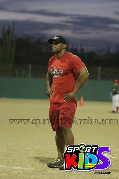 Hurracanes vs Red Machine @ pos chikito ballpark - IMG_7546%2B%2528Copy%2529.JPG