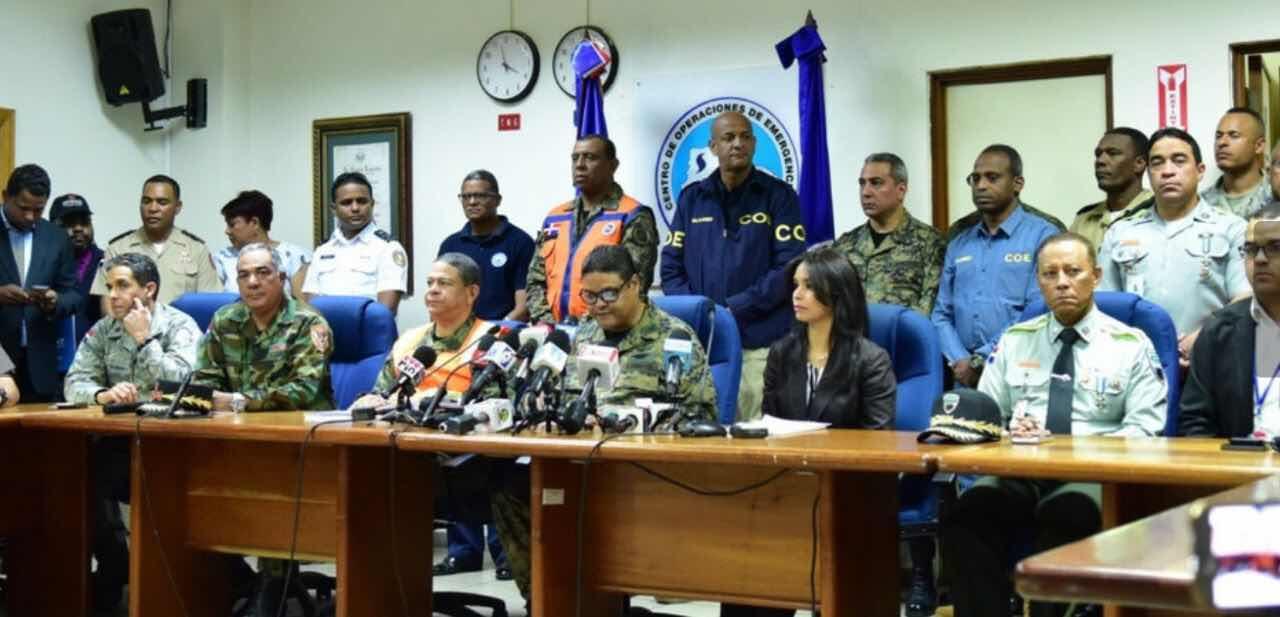 Durante Semana Santa: Fuerza Aérea 13 misiones, Armada 29 misiones acuáticas junto a los Auxiliares Navales y Defensa Civil 3,621 asistencias médicas en las diferentes provincias.