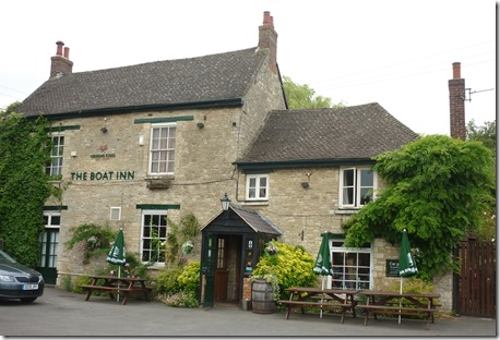 16 the lovel boat pub thrupp