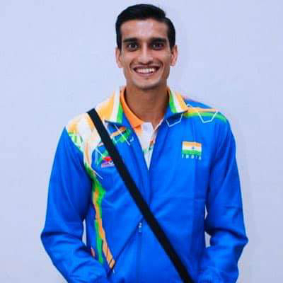 बिहार के लाल ने किया कमाल : टोक्यो पैराओलंपिक गेम्स में मुजफ्फरपुर बिहार के शरद कुमार ने ऊँची कूद मेंकांस्य पदक जीता