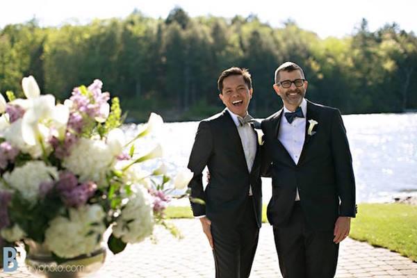 gambar terbaru pernikahan sejenis di bali.jpg