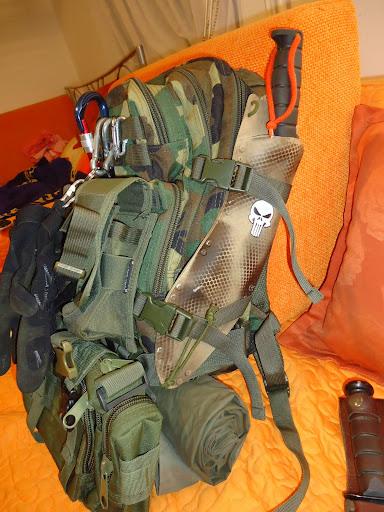 MIL-TEC molle ruksak od 30L (ostvrt) DSC04033