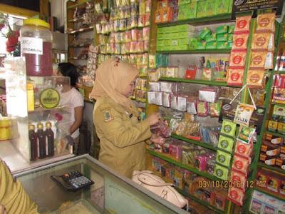 Deteksi Bakso Boraks dan Obat Palsu, Dinkes Razia Penggilingan Daging dan Apotik