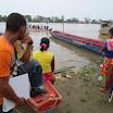 10 In attesa del prossimo viaggio sulle rive del fiume.JPG