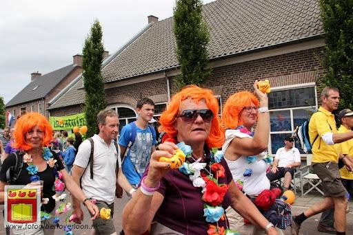 Vierdaagse van Nijmegen door Cuijk 20-07-2012 (85).JPG