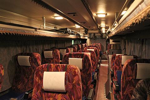 西鉄高速バス「さぬきエクスプレス福岡号」 3802 車内