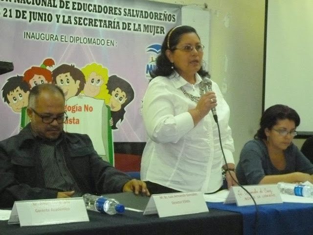 Inauguración de Diplomado Pedagógia no Sexiste e inclusiva ANDES - 182010_449050691797984_1893354971_n.jpg