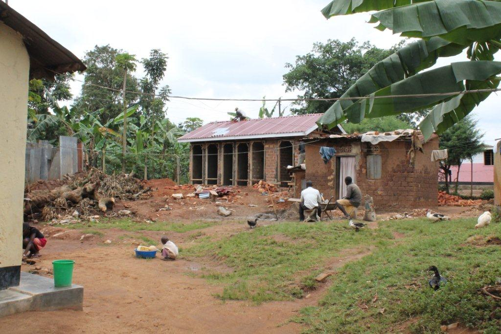 Bezoek nov./dec. 2011 - Bouw Toilet - Oeganda%2Bnov_dec%2B2011%2B529.jpg