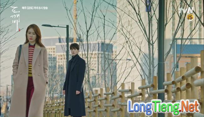 Goblin: Sau 9 năm lưu lạc, chỉ mỗi Lee Dong Wook là nhớ Gong Yoo! - Ảnh 42.