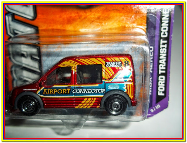 Ford Transit Connect Taxi MB798 Matchbox 2012
