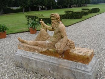 2017.08.10-029 statue La Seine