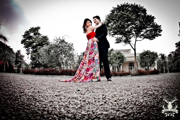 true romantic couple pre wedding photoshoot