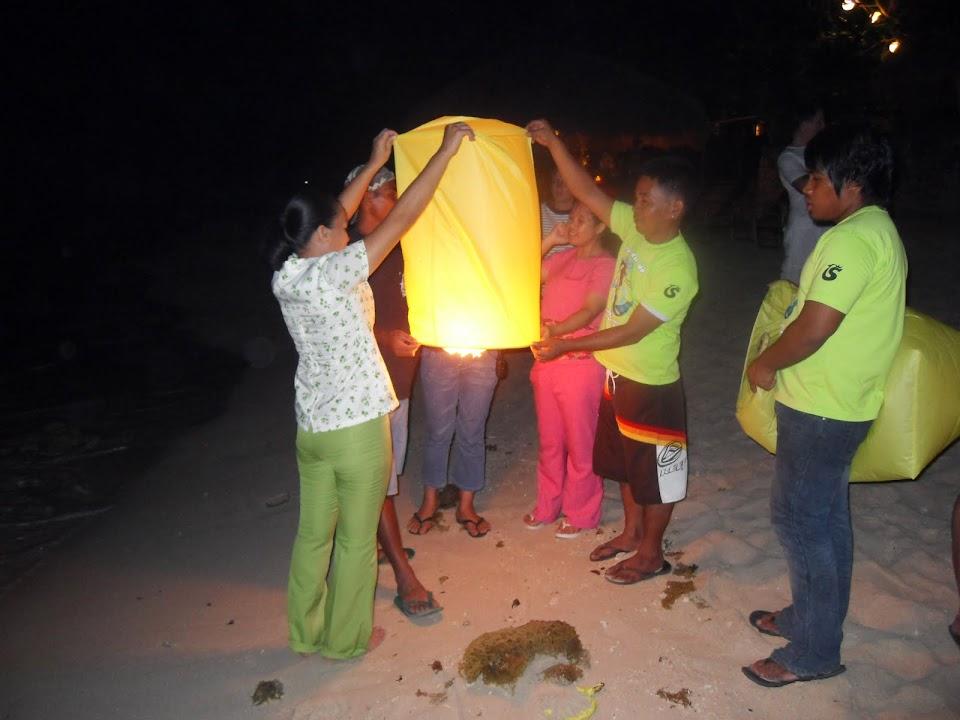 Launching a flying lantern