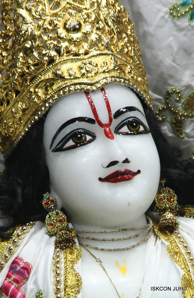 ISKCON Juhu Mangal Deity Darshan on 4th June 2016 (35)