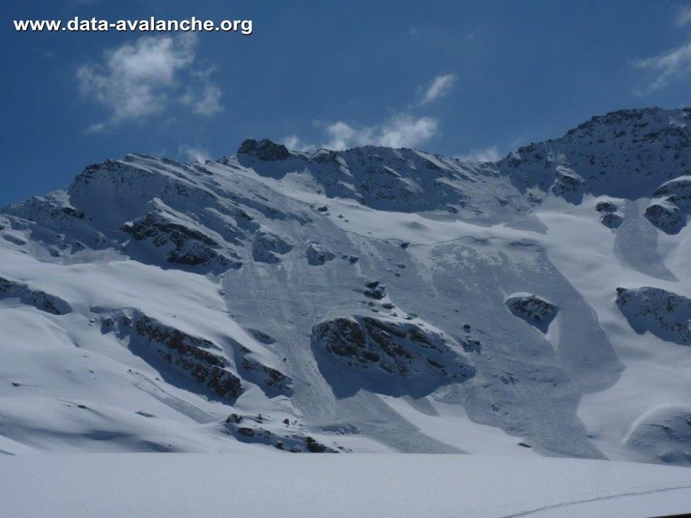 Avalanche Queyras, secteur Pic de Caramantran, Molines en Queyras - Col d'Agnel - Rive gauche de l'Aigue Agnelle - Photo 1