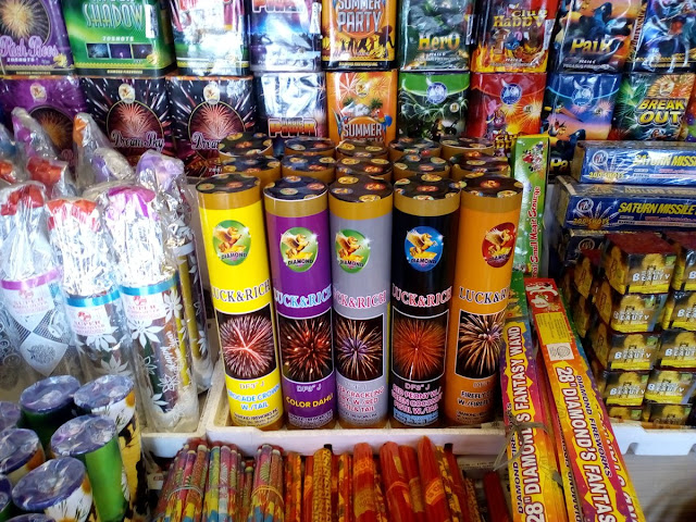 """firecracker should be banned in the philippines essay Bulacan fireworks makers and sellers are back in business in bocaue, the fireworks capital of the philippines, but they are not defying republic act 7183 or the firecracker law """"we also want to make it clear that the use of pyrotechnics and other legal fireworks is not banned under ra 7183 or firecracker law."""