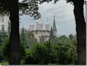 cathédrale de l'archange vue des jardins du Kremlin