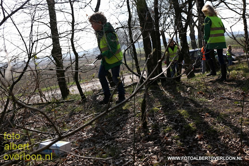 Landelijke Opschoondag Scouting Overloon 29-03-2014 (5).JPG
