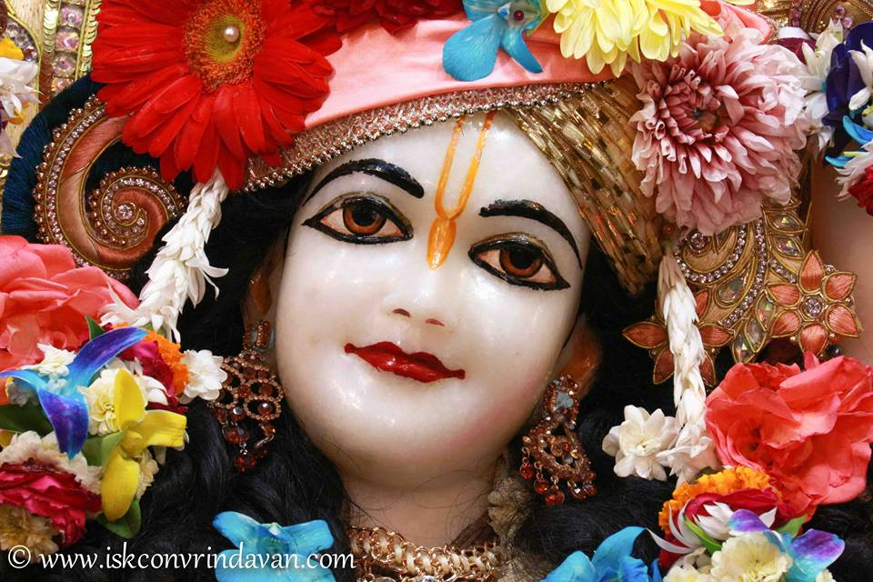 ISKCON Vrindavan Shringar Deity Darshan 2 April  2016  (13)