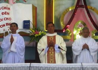 Thêm một người con Phát Diệm được truyền chức Linh mục