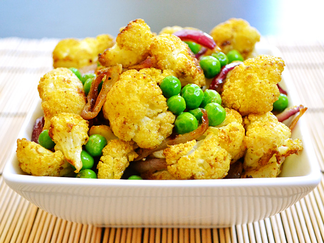 curry roasted cauliflower - Budget Bytes