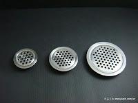 裝潢五金 品名:MK8005-通氣片 規格:1寸/寸15/寸8孔 材質:白鐵 功能:可裝在門片上有通風之功能 玖品五金