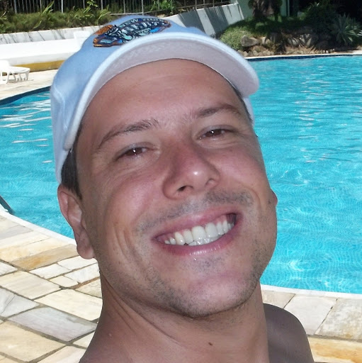 Luís Roberto Silveira