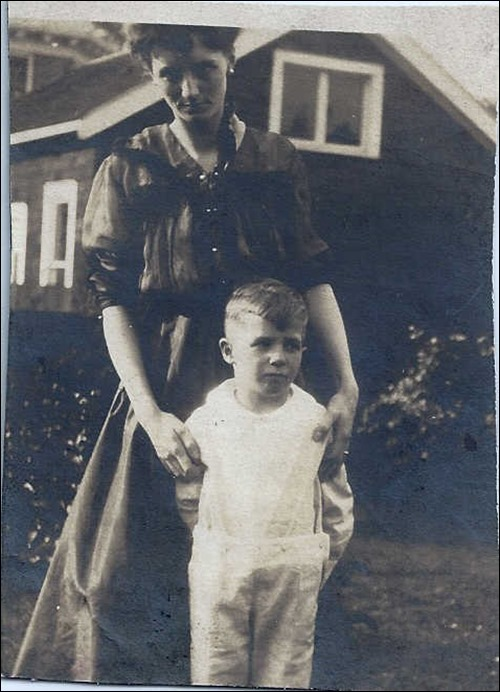 MILNE_Robert and his mother Florence_circa 1912-13