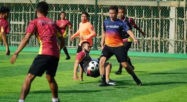 Pupuk Kebersamaan, Dandim 1011 Futsal Bersama Anggota