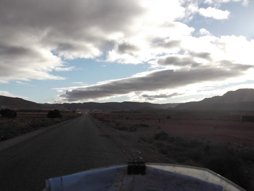 marrocos - Marrocos e Mauritãnia a Queimar Pneu e Gasolina - Página 10 DSCF1193