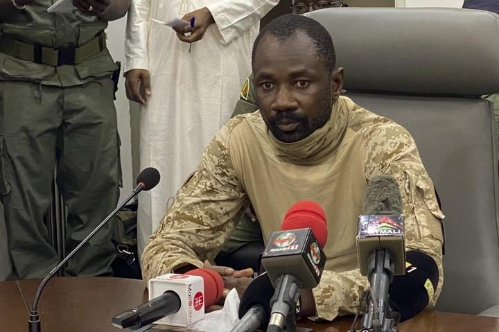 Man Accused Of Trying To Kill Mali President Dies In Custody