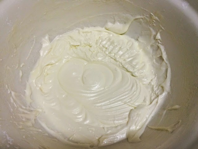 making-cream-cheese-frosting