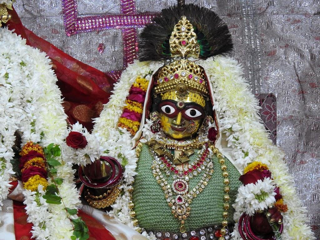 Radha Govind Devji Deity Darshan 02 Jan 2017 (5)
