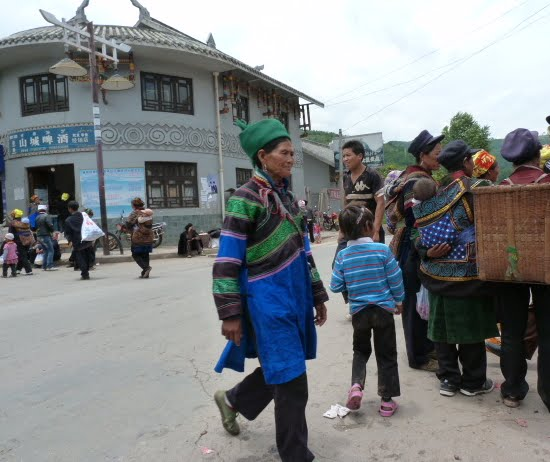 CHINE SICHUAN.XI CHANG ET MINORITE YI, à 1 heure de route de la ville - 1sichuan%2B922.JPG