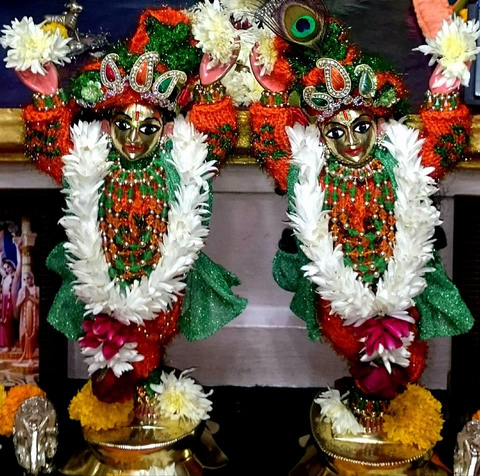 ISKCON Bhusawal Deity Darshan 23 Jan 2016 (5)