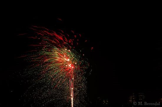 [Fireworks_05%5B4%5D]