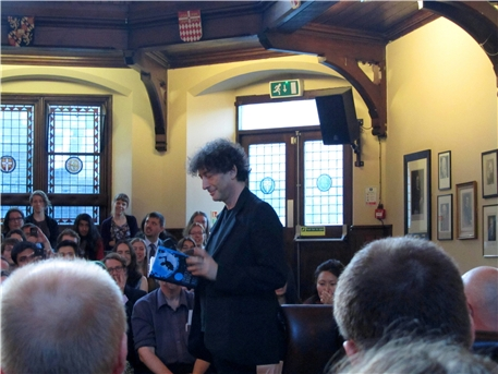 Neil Gaiman reading from The Ocean at the End of the Lane