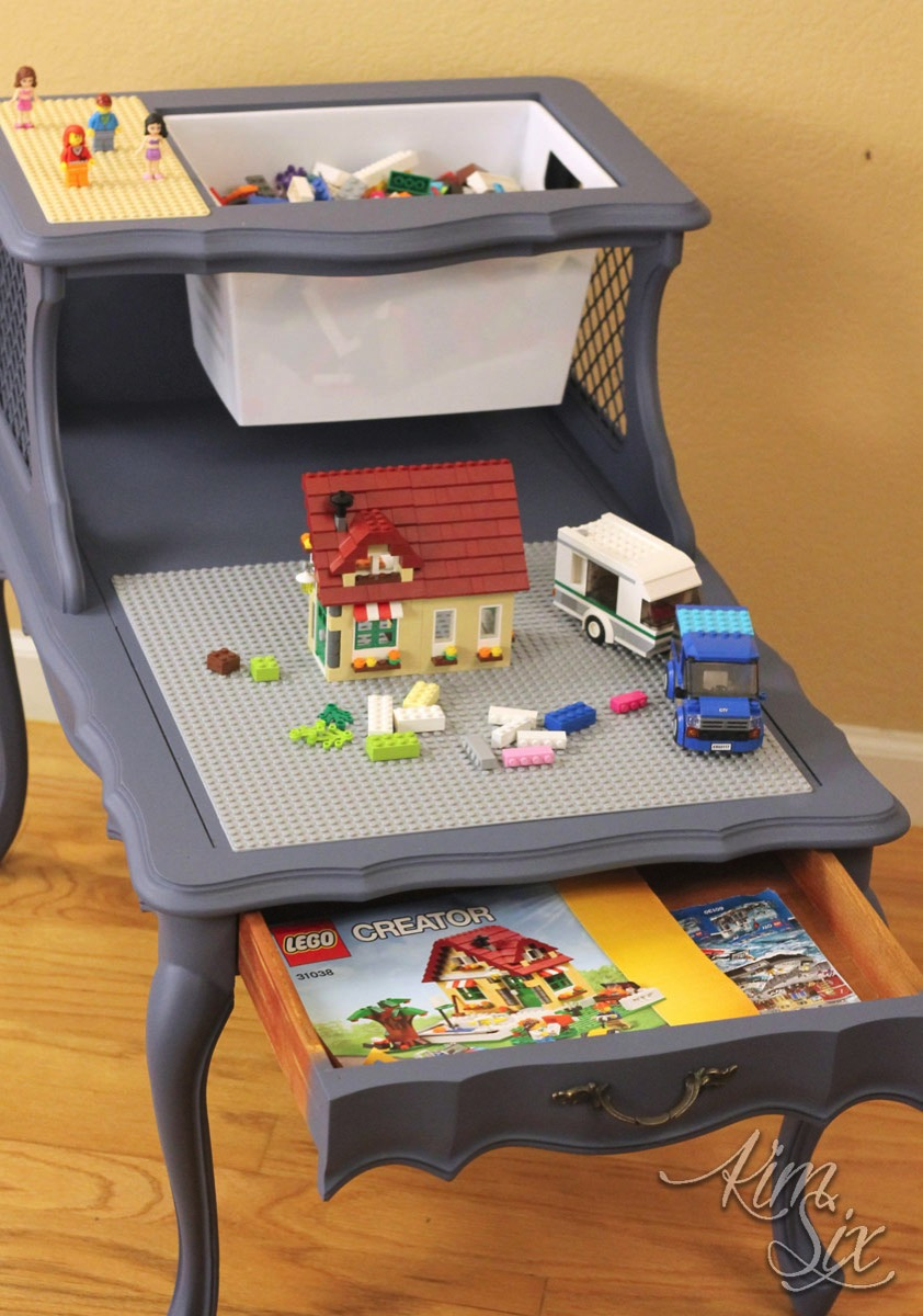 Side Table Lego center