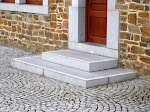 1 - Seuil et escalier d'entrée