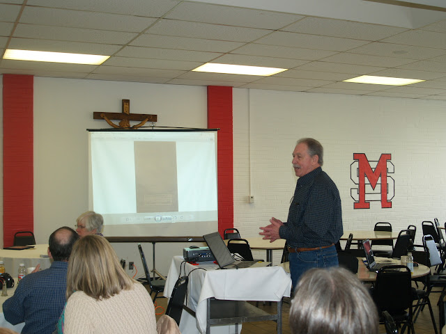 Dave Walls gave a presentation on early West Bloomfield area photos.
