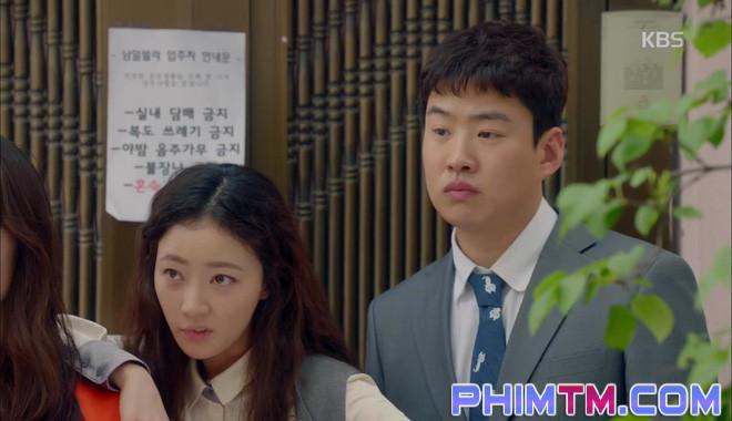 Nổi cơn ghen, Park Seo Joon… áp mặt sát vào Kim Ji Won - Ảnh 15.