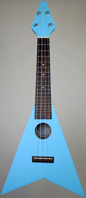 Vineyard Flying V Soprano ukulele