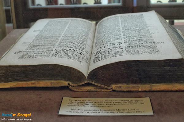 Muzeum Ziemi Kościerskiej - komentarze Marcina Lutra do Pisma Świętego