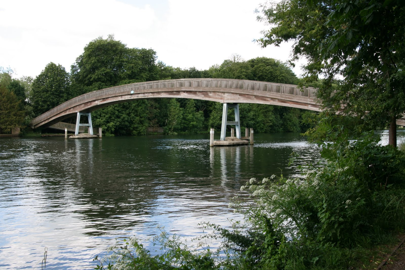 1006 003 Marlow Circular, England Bridge across the Thames