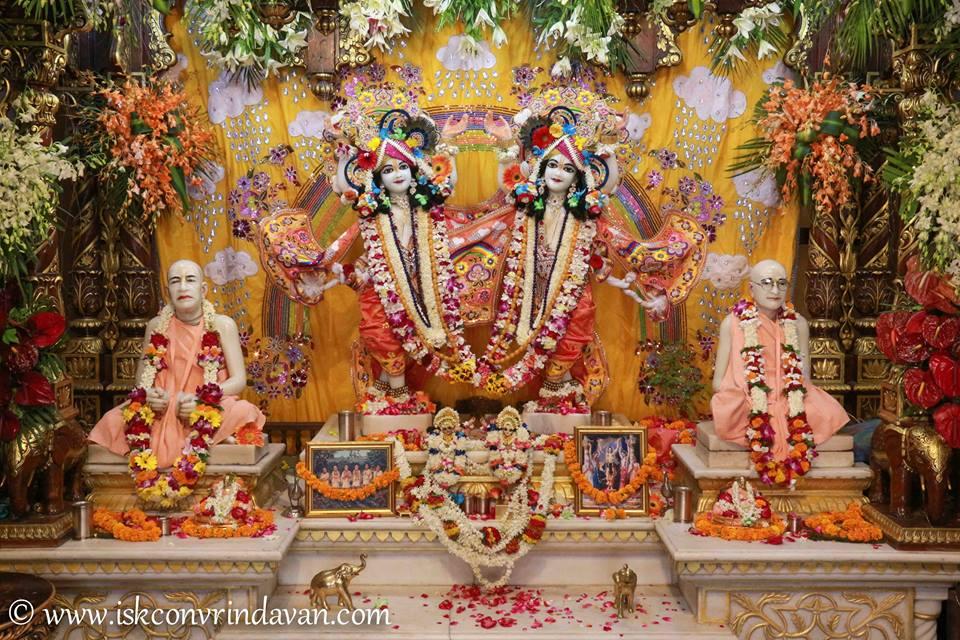 ISKCON Vrindavan Shringar Deity Darshan 11 May  2016 (8)