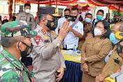 Kapolda Sumut Tinjau Vaksinasi Bagi Lansia di Kabupaten Samosir